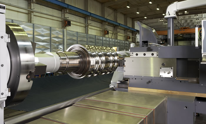 P 500 Power for machining section rolls and shafts for the energy industry